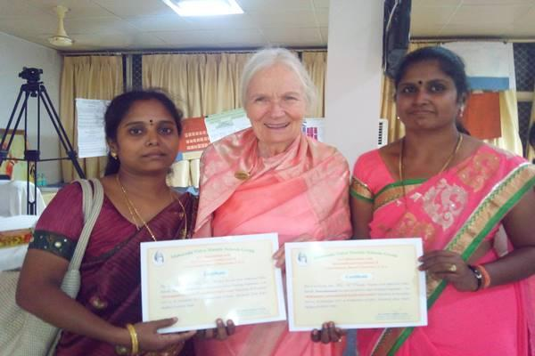 Puthiya Parvai Social Welfare Organization honoured to smt.C.Kalyani, Principal,<br/>MVM,Tiruvannmalai, With prestigious ''Best teacher award'' for her noble, dedicated, selfless service in the holy town Tiruvannamalai. She received the award from the hands of Hon'ble dignitaries Dr.R.Rajasekaran, Principal, Govt.Arts college Tiruvannmalai, Smt R.shanmugavalli, Principal, Kamban arts and Science College, Tiruvannmalai. Shri ramu, H.O.D Dept of tamil, Shanmuga Industries Arts and Science college, Tiruvannmalai.